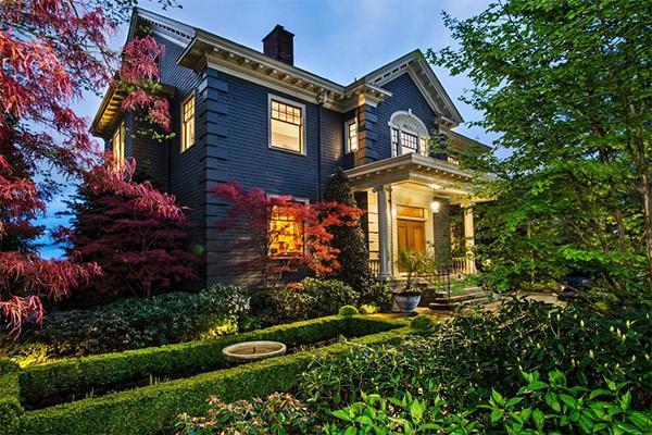 Skinner Mansion